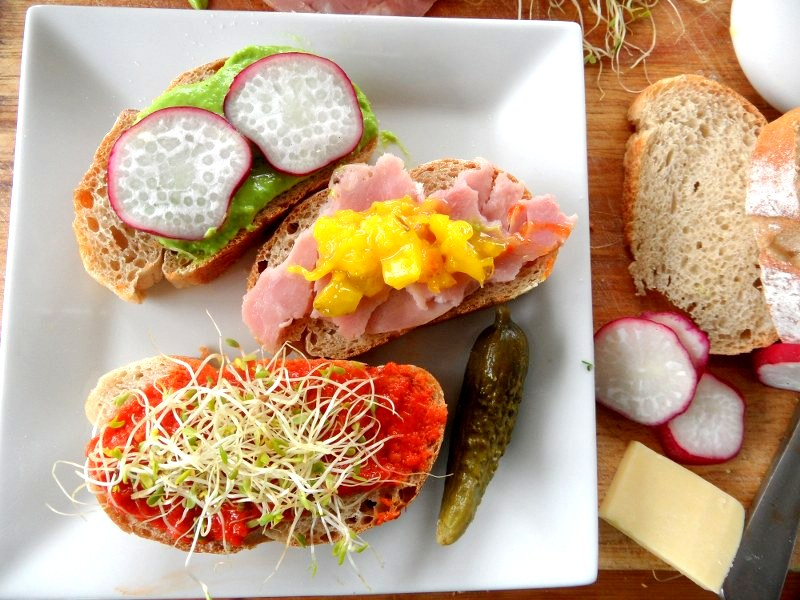 Running out of lunch ideas?  Try these!
